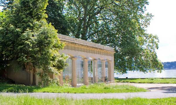 The pavillon Plantamour - La Libellule